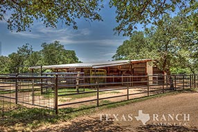 Hill Country ranch sale 10 acres, Blanco county image 2