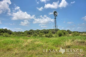 Hill Country ranch sale 1943 acres, Jackson county image 2