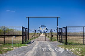 South Texas ranch 3225 acres, Zavala county image 1