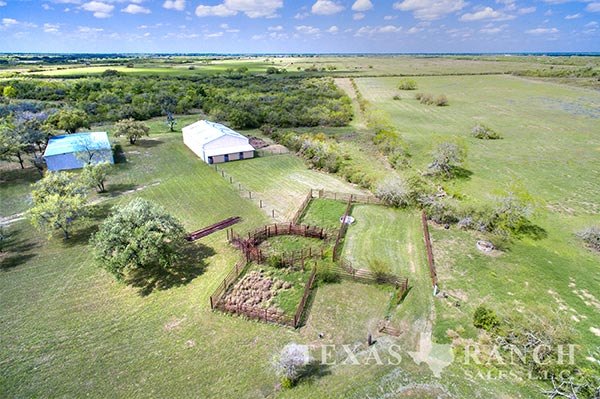 South Texas ranch 349 acres, Bee county image 2