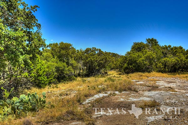 Ranch real estate image 497 acres Sutton County
