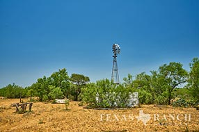 South Texas ranch sale 549 acres, La Salle county image 1