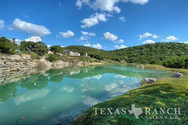 Ranch real estate image 95 acres Kendall County